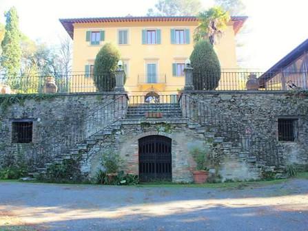 Casa Volpi adorned by L&K