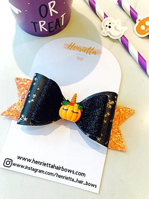 Sleepy Pumpkin Orange & Black Bow