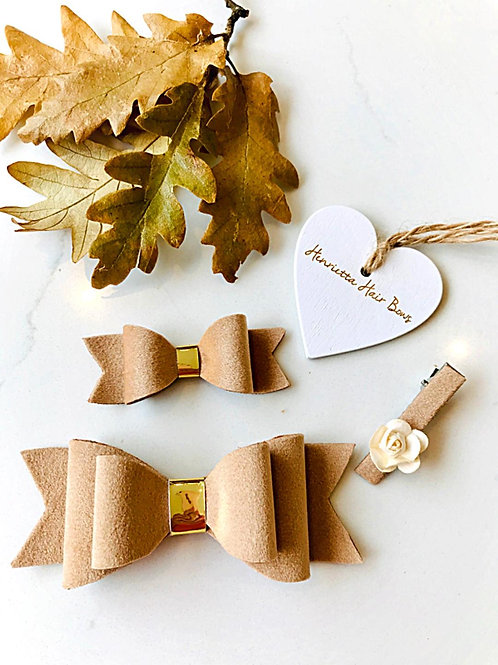Large and Small Fawn Bows