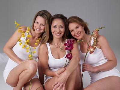 3 mulheres de sorriso