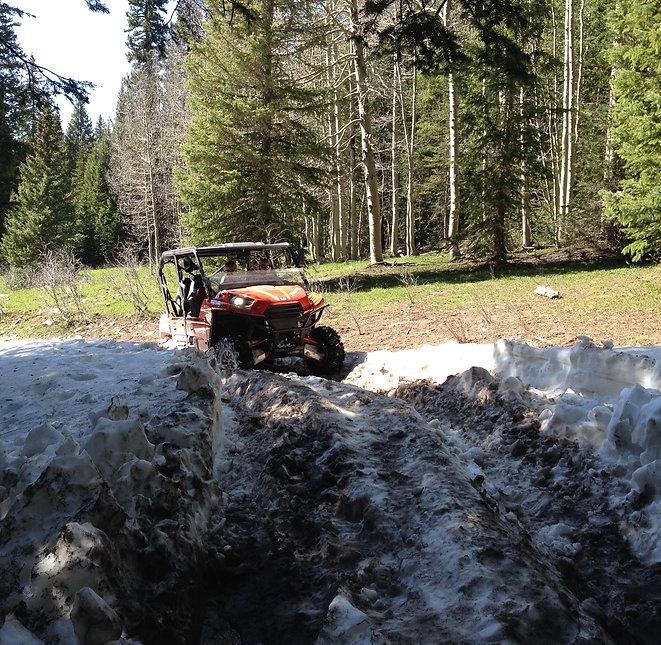 La Sal Pass Snow.JPG