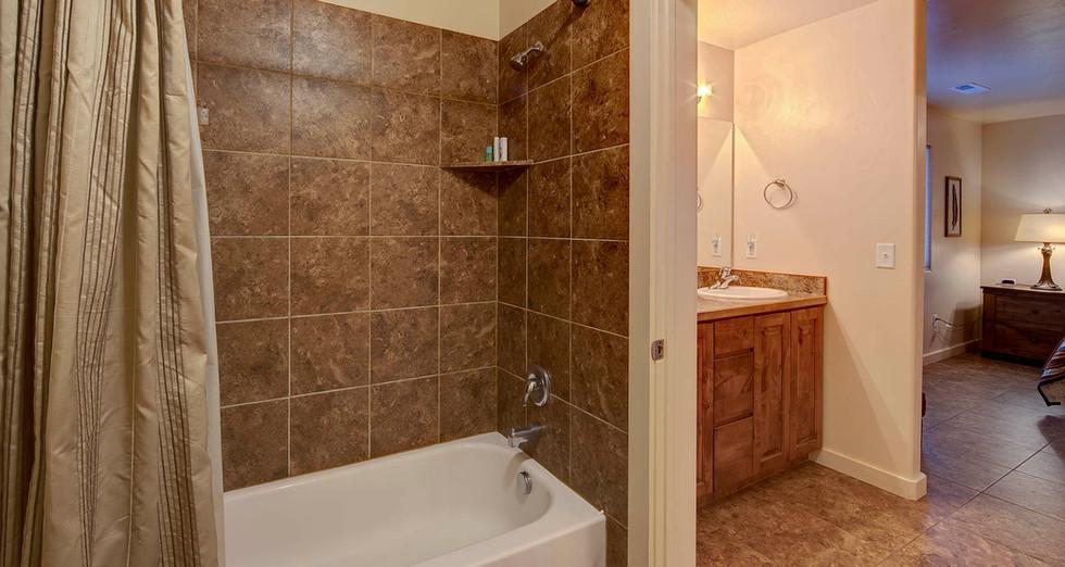 Large Master Bathroom VRBO Moab