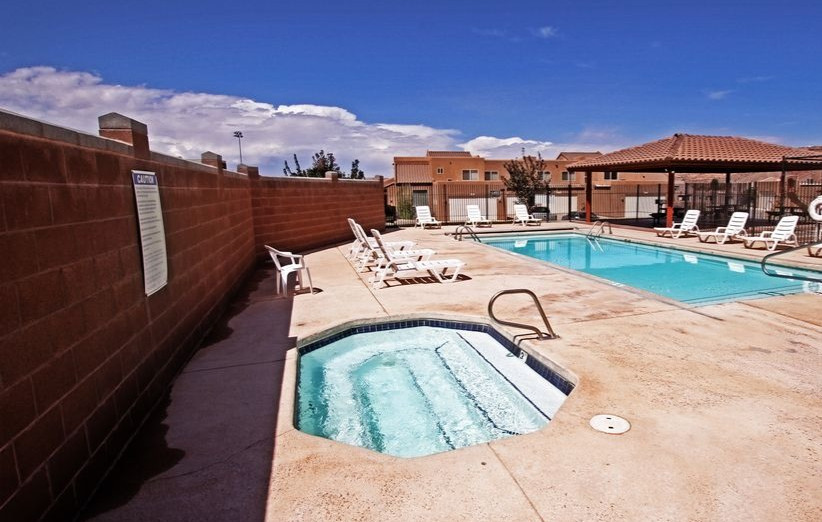 vacation rental with hot tub Moab