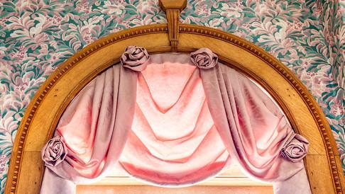 window arch detail