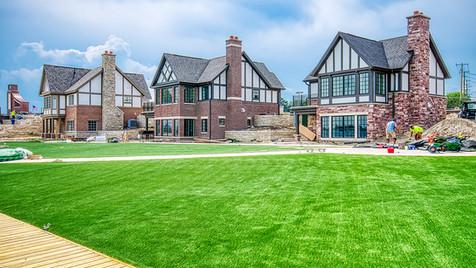 grass & cottages