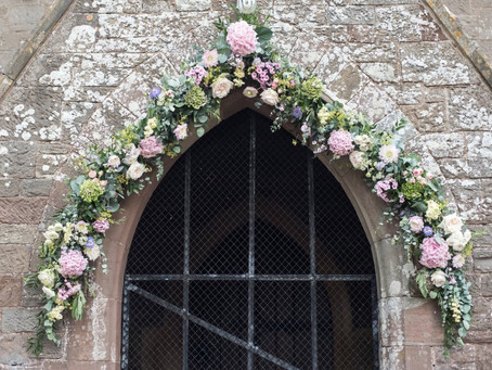 7 Creative Ways to decorate your Church for your wedding.