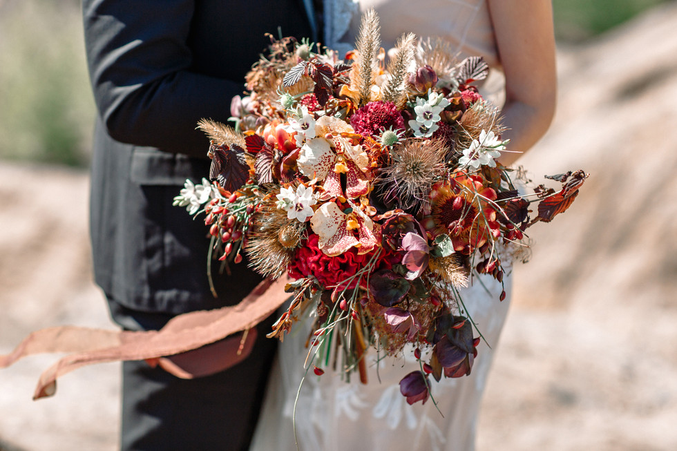 Dried rose & Grass posy