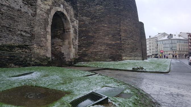 Lugo Monumental solicita que no se vuelva a pavimentar con adoquín en la ciudad