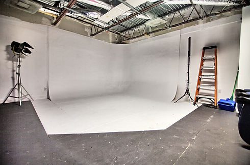 photography studio space .jpg