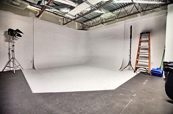 photography studio space .jpg