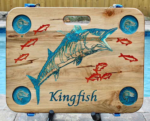 Kingfish w/four cup holders