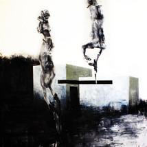 Monumento con fantasmas.