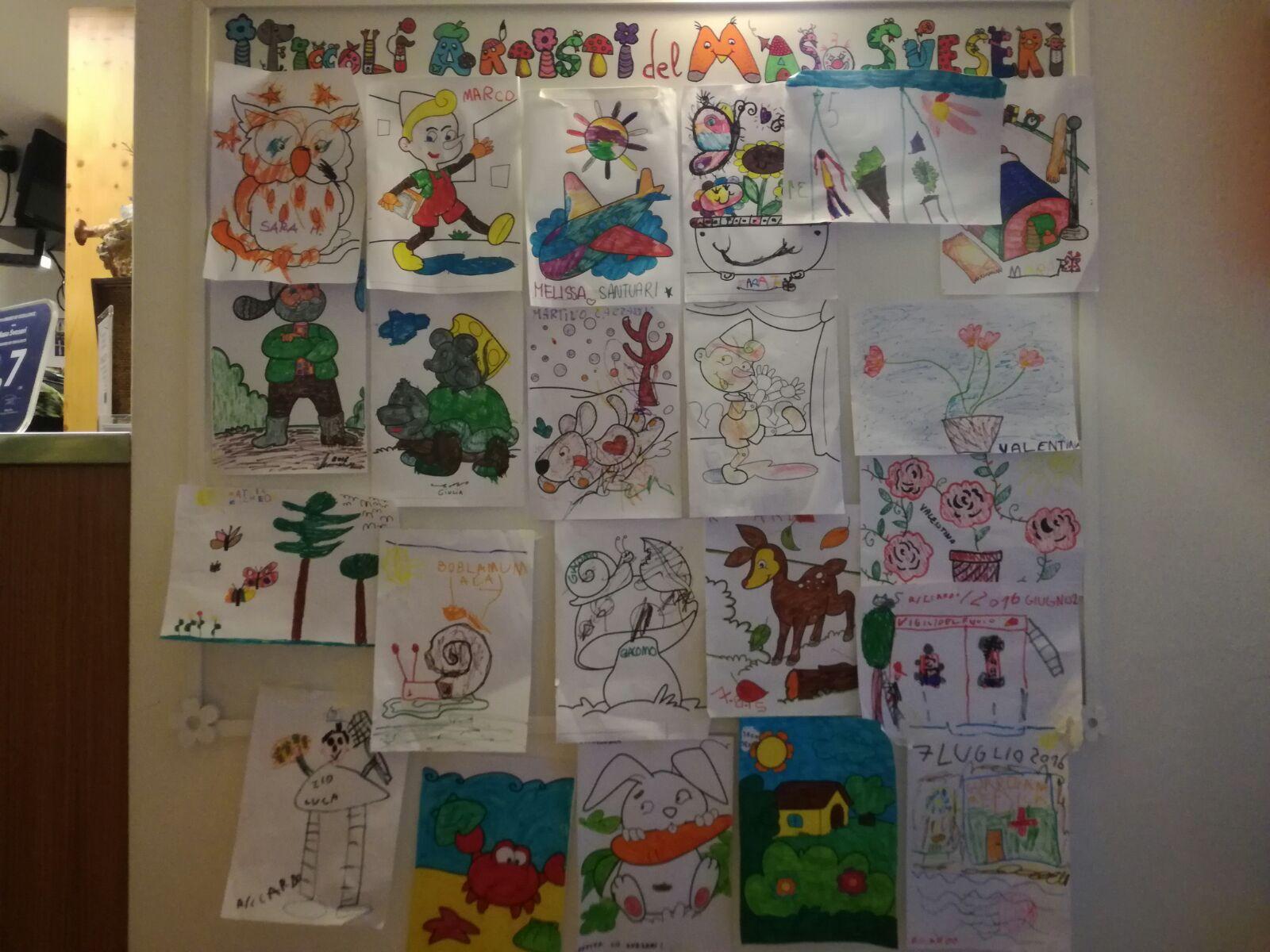 Bacheca disegni bambini