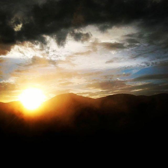 #tramonto #masosveseri #instatrentino #sunset #sun #sky  _visitpinecembra _visittrentino _trentinoda
