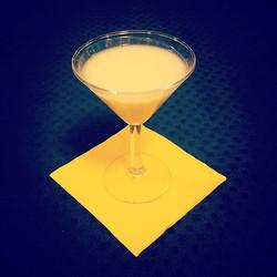 Liquore di nostra produzione chiamato #alzavalvole ! Ottimo digestivo al limone