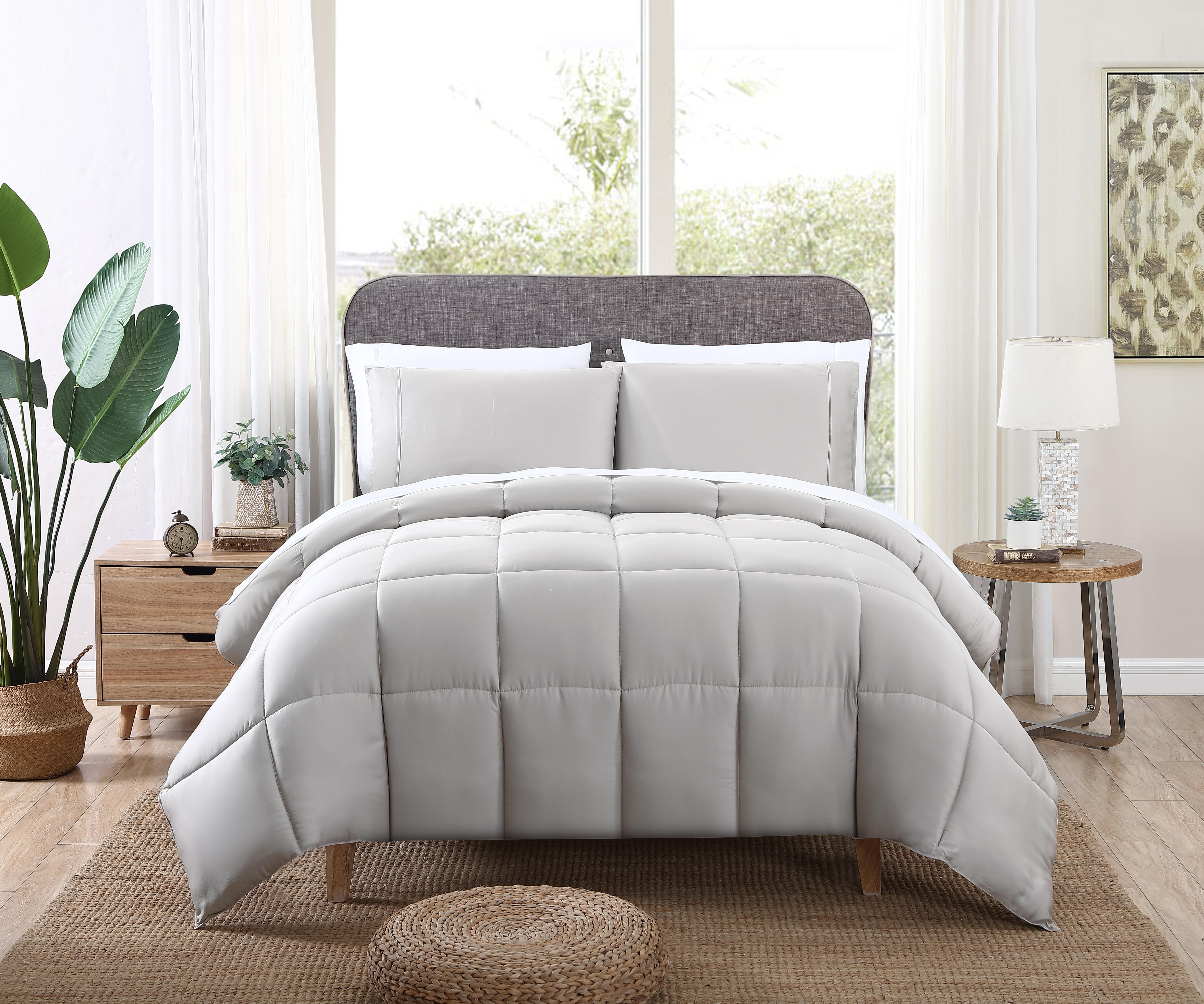 Kohl's Comforter Taupe (1)