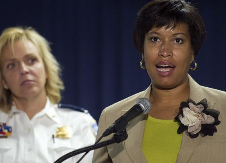 "DC Mayor wants to put ""Stop & Frisk"" on steroids for former crimnals"