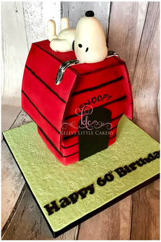 Snoopy house cake from Charlie Brown