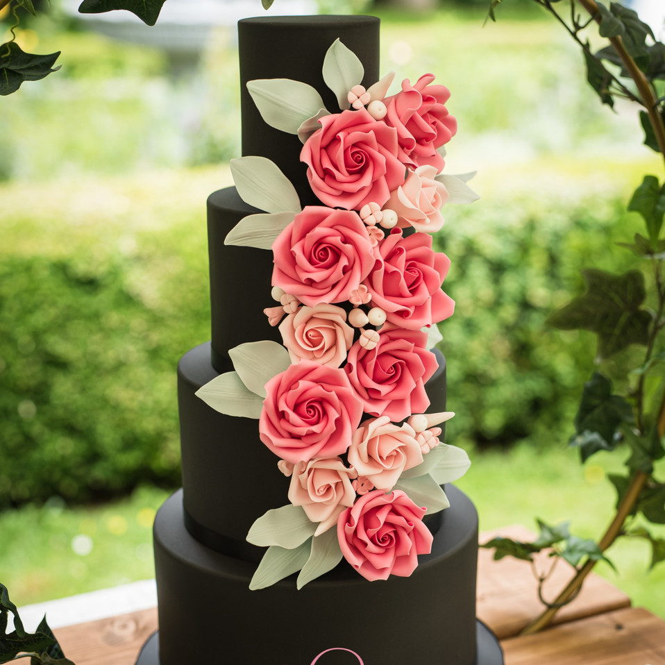 Midnight Rose - Black wedding cake with contrasting roses