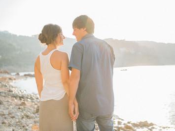 Do we need an engagement shooting before our wedding? | Benötigen wir ein Paarshooting vor unserer H