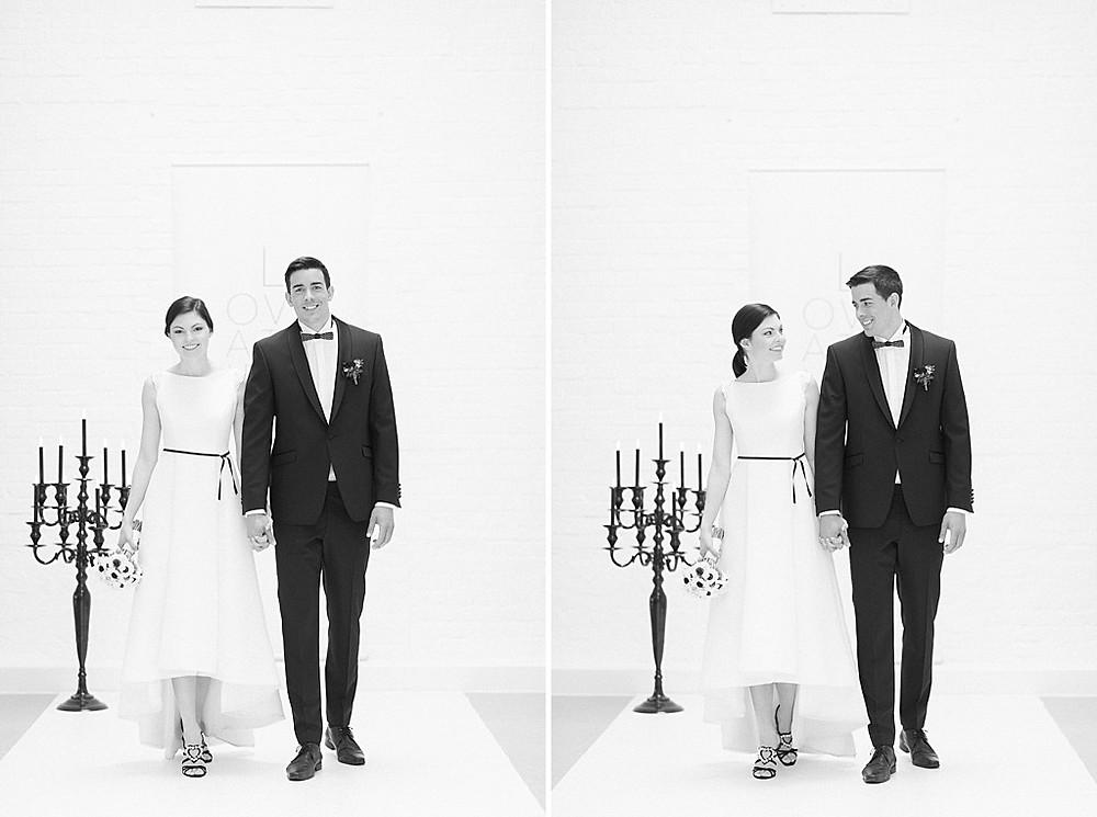 Kleine Hochzeit in Coronazeiten - Auszug in Kleid von Immaculada Garcia