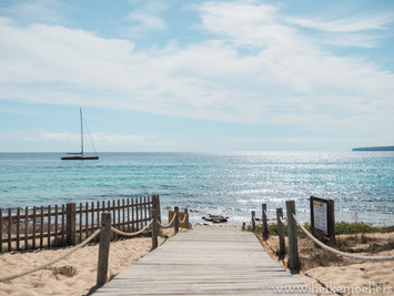 Wedding photographer on Formentera