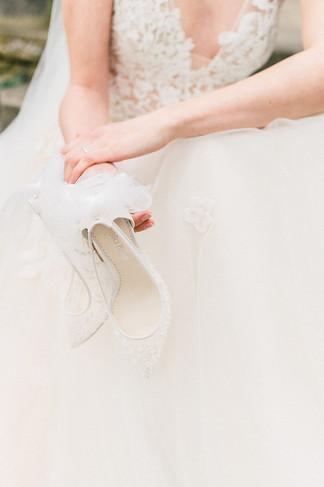 Brautaccessoires und Brautschmuck | Brautschuhe von  Bella Belle