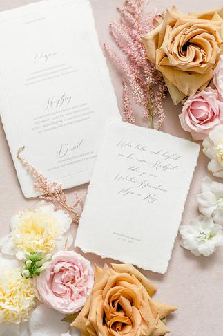 französisch anmutende Hochzeitspapeterie im Fine Art Stil