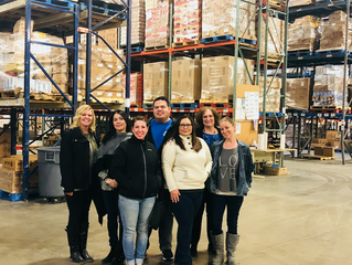 National Roofing employees draw inspiration from their recent tour of Roadrunner Food Bank.