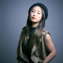 Shizuka Shindo as Landlady