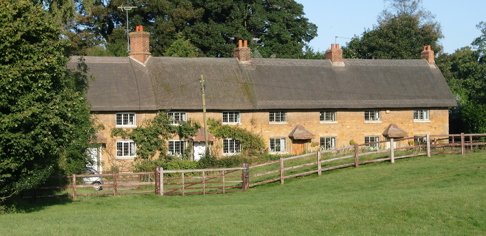 Dingley Cottages