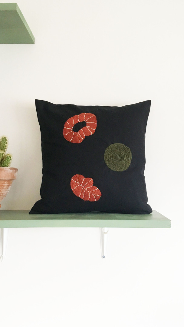 Wallhangings & Cushions