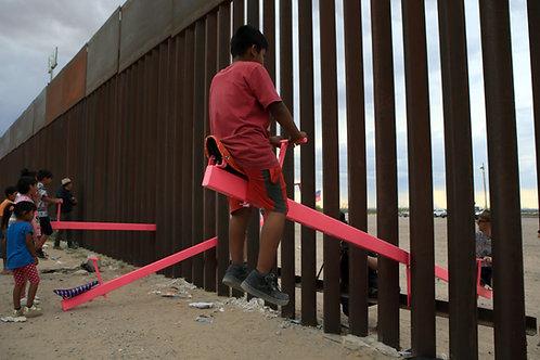See Saws at the Border