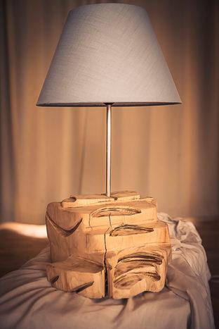 Naturabois.be   Lampe sculptée