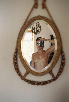giulia gr_self portrait in my room in mo
