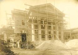 O templo da PIBRJ sendo construido