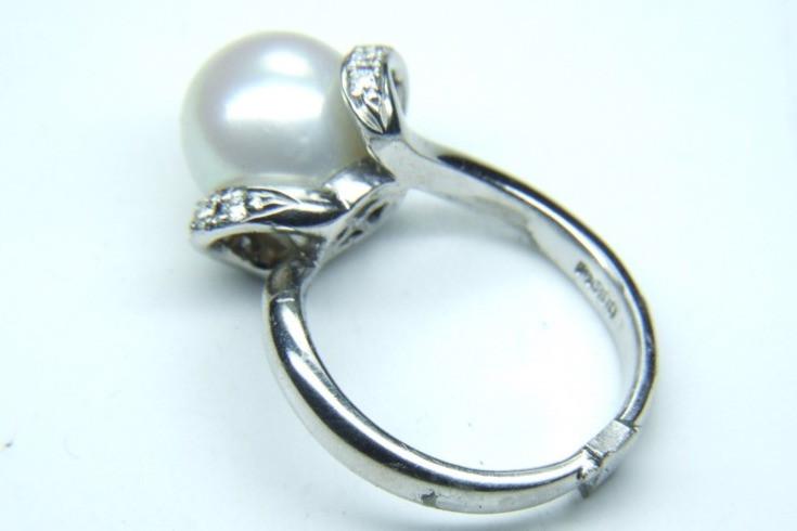 真珠の指輪のサイズ直し