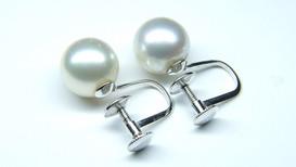 真珠イヤリングからピアスに加工