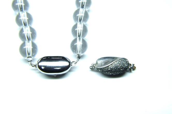 水晶ネックレス 金具交換