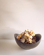 🍿 + 🍌 = ❤️🤤_banana cake, vanilla bean