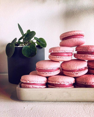 We have a range of macarons available! C