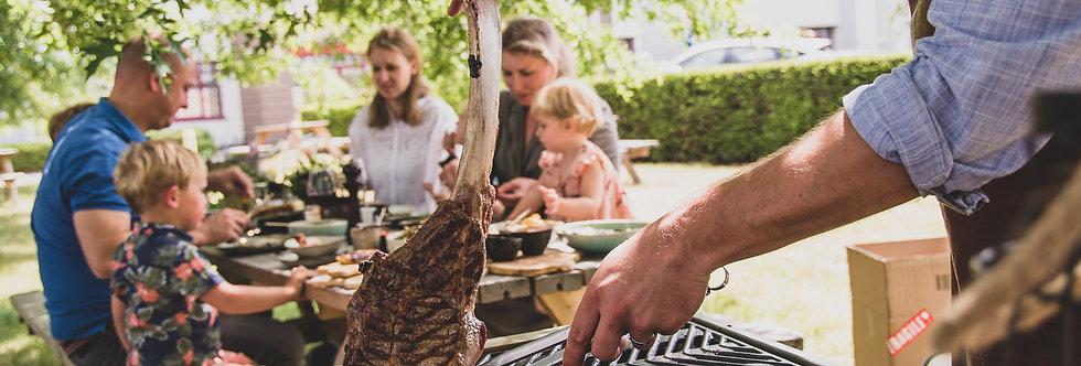BOX : BBQ met Tomahawk Steak