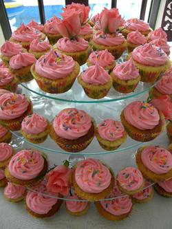 Pink Sprinkle Cupcakes