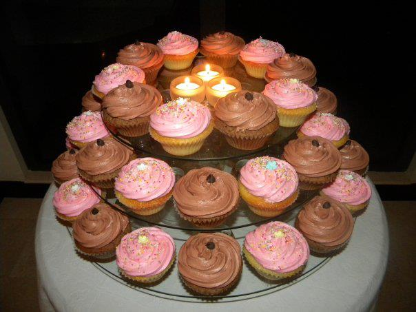 Pink and Chocolate Cupcakes