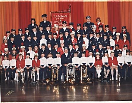 Landås skoles musikkorps - jubileumsbilde 1984