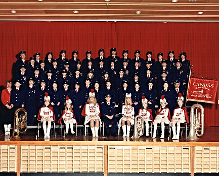 Landås skoles musikkorps - jubileumsbilde 1989