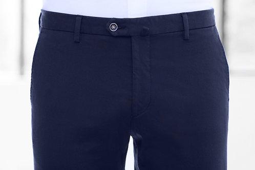 Le pantalon dark navy chino Trousers