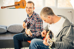 guitar lessons _ Group _ Inspire Music S