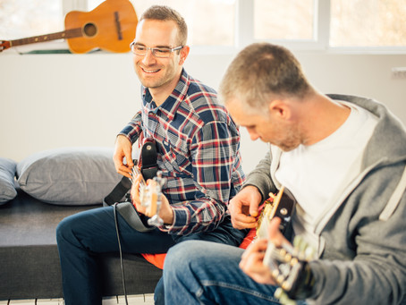 Be Happy, Sociable & Love Learning The Guitar!