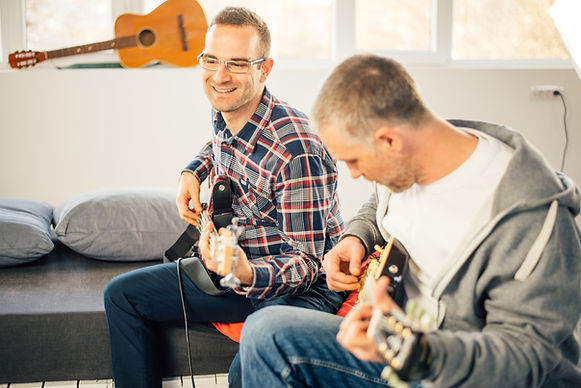 adult guitar lesson in st albans